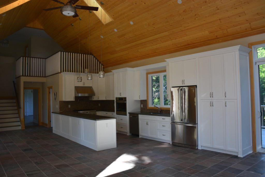 custom home kitchen design picture